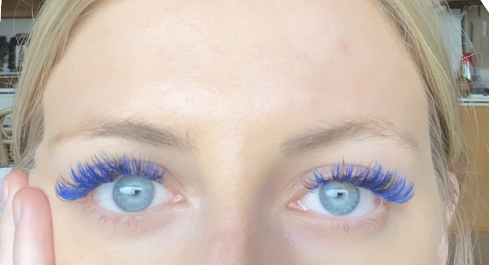 Volume Color Eyelash Extensions